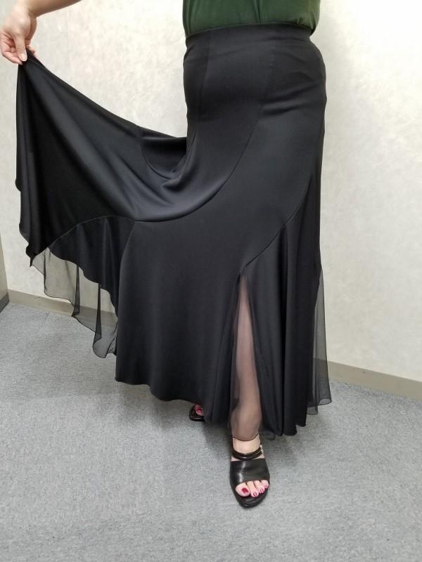 LLサイズのオシャレなダンスレッスンスカート