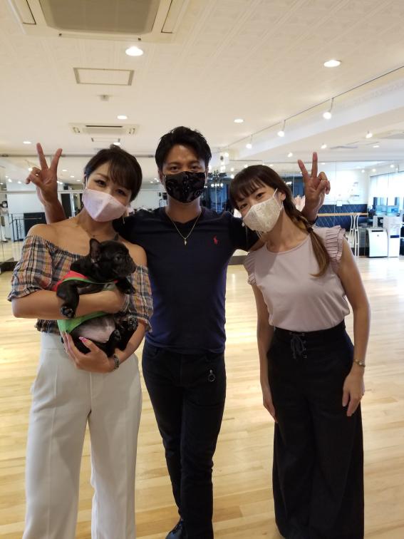 ダンスメーカーが作ってるマスク チャーム付おしゃれマスク 手作り ハンドメイド 高級マスク 内側不織布のマスク 小顔効果抜群のマスク レースマスク 呼吸のしやすいマスク クレープ生地マスク プレゼントに使えるマスク ギフト用マスク