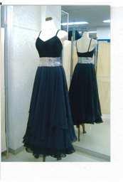 ジョーゼットタイプの黒スカート画像 白樺ドレス