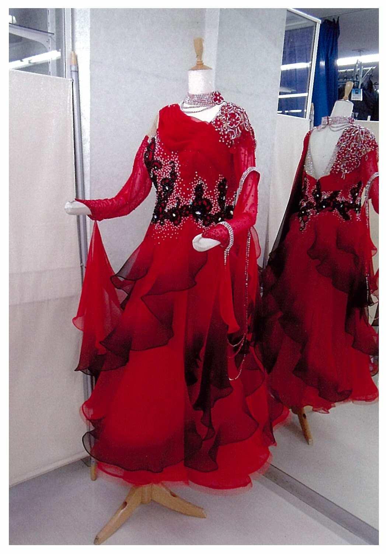 ほっそり効果抜群のドレス