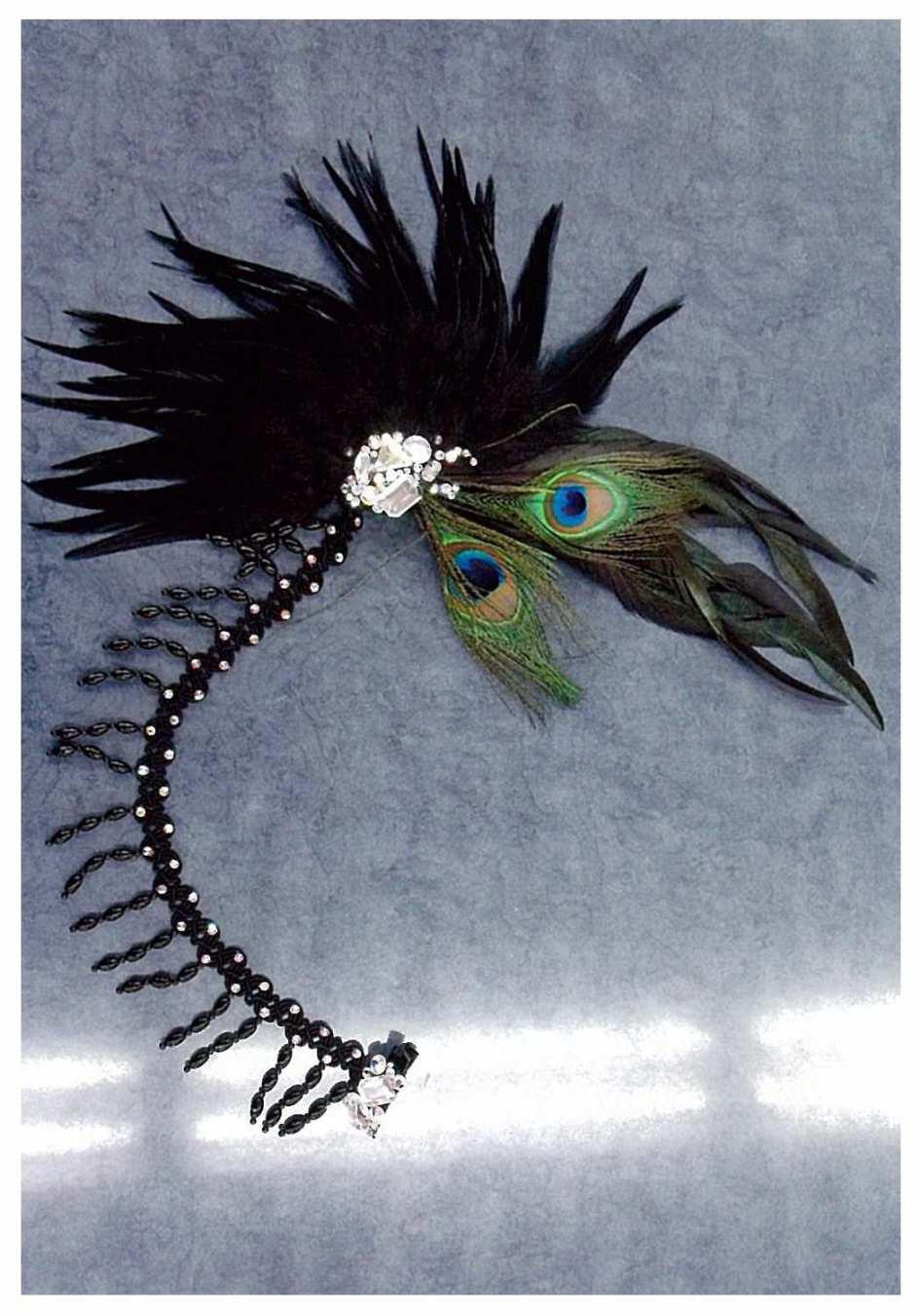 個性的なヘアーアクセサリー 孔雀
