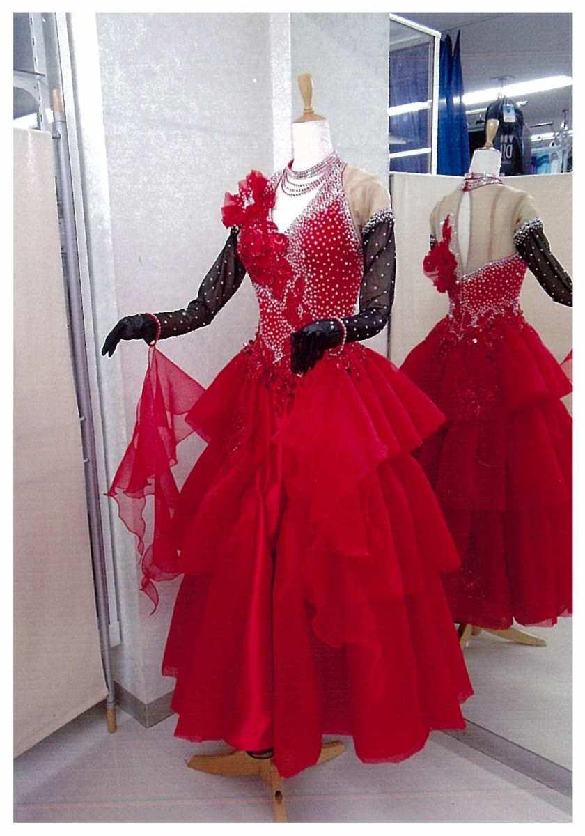 赤/黒のタンゴ用ドレス