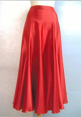 サテンスカート赤画像 白樺ドレス