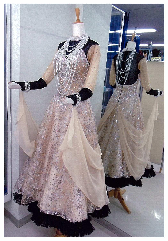 タンゴ用ブラックゴールドのドレス