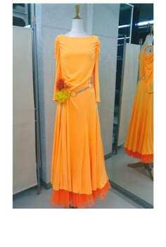 黄色のワンピースとペチコートのオレンジ画像 白樺ドレス