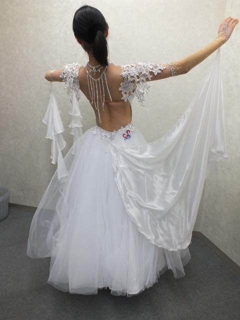 チュールのスタンダードドレス
