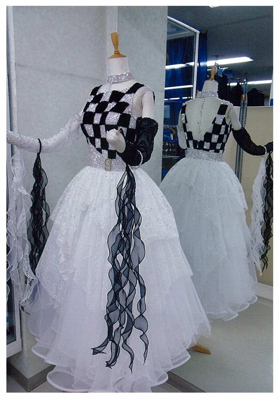 ファンタジックライン ブラック/ホワイト ドレス