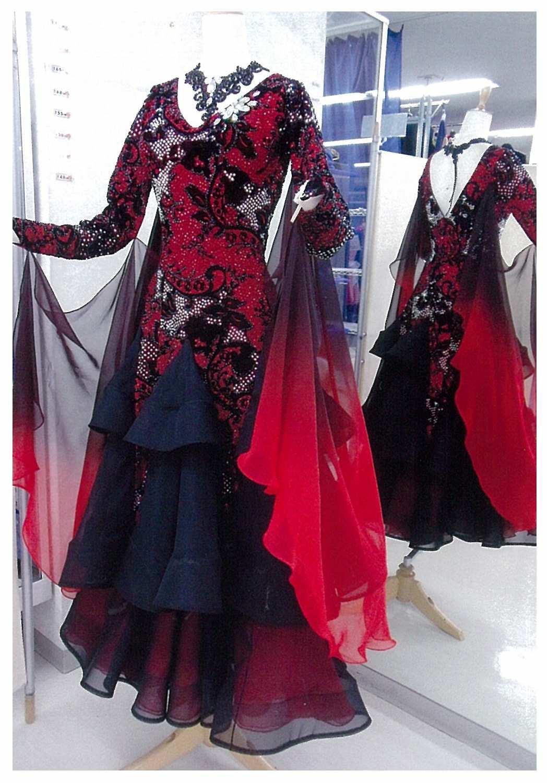 タンゴ向きの赤黒ドレス