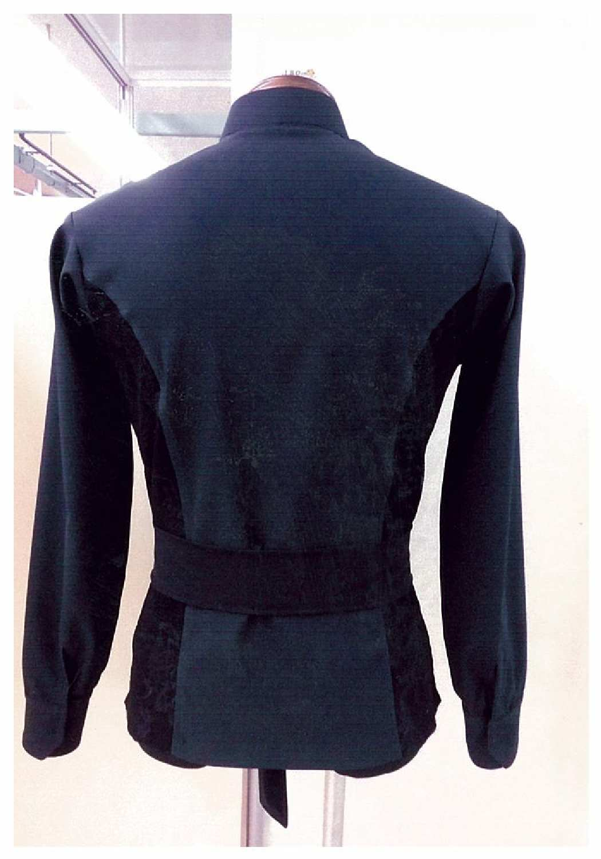 ストレッチの効いたダンスジャケット