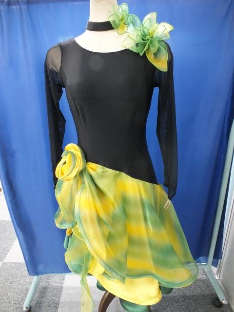 石無のラテンドレス オーガンジー スカート フラワーグラデーション