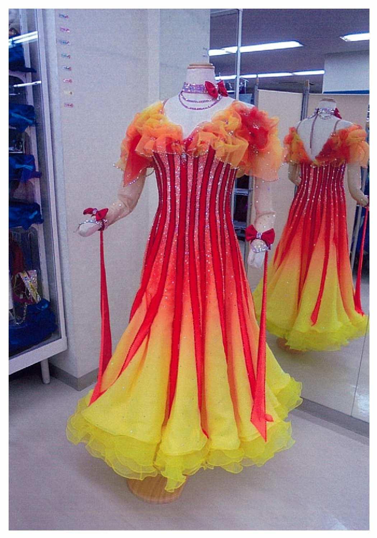 ファンタジックラインドレス