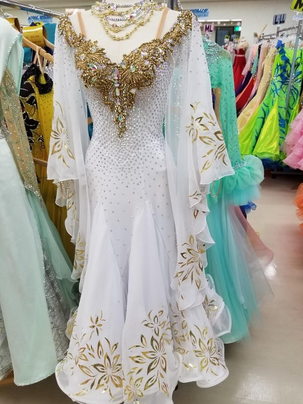 ゴージャスドレス ファンタジックライン 白樺ドレス