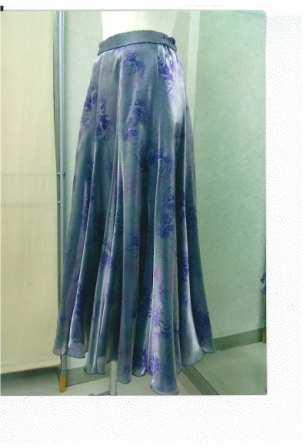 オリジナルプリントスカート画像 白樺ドレス